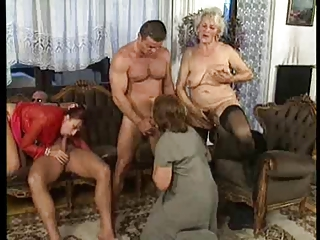 Free HD Granny Tube Swinger