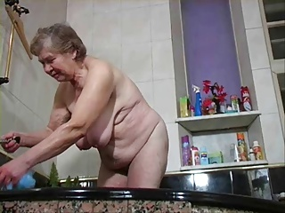 Free HD Granny Tube Shower