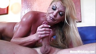 Blonde housewife Taylor Wane..