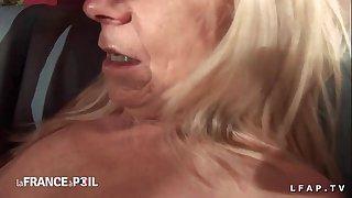 Casting anal amateur d une..