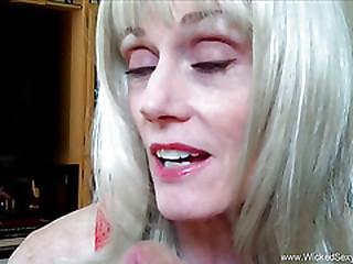 Blonde Amateur Grandma Talks..