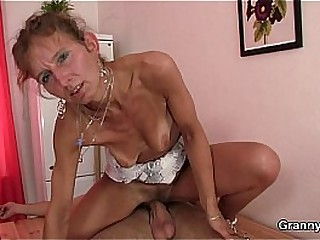 Skinny granny masseuse sucks..