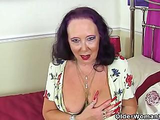 English granny Zadi..