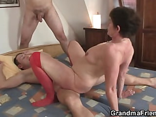 Old granny pleases two young..