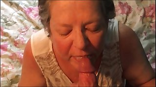 Amateur blowjob and cumshot..