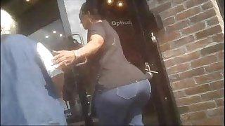 1504551 huge booty grandma..