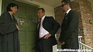 The Governor Fucks MILF..